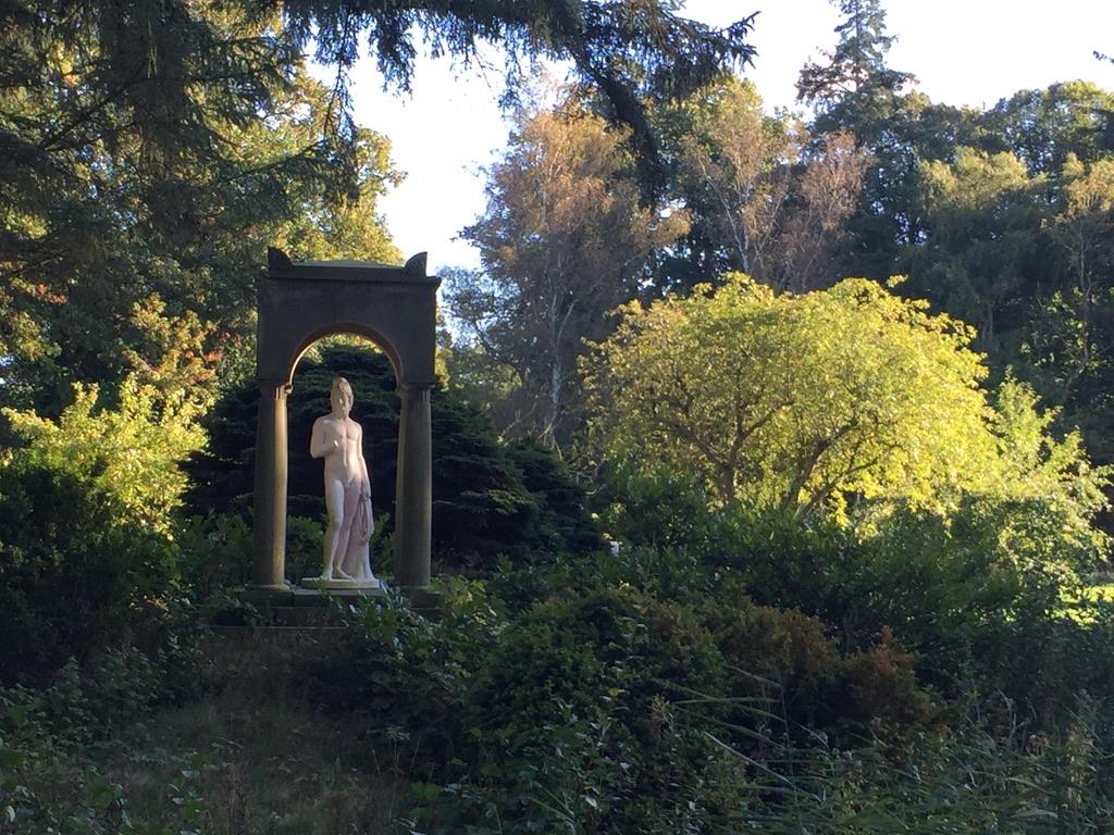 Mindfulness efter fyraften – fredage i Solgårdsparken