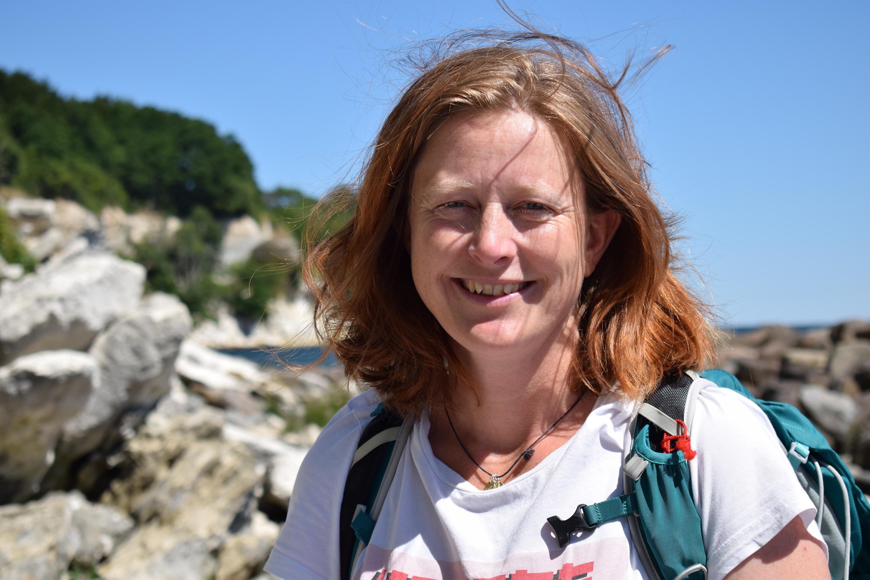 Anne Rosell Holt glæder sig til at give dig viden og mod på vandreture i Danmark og udlandet